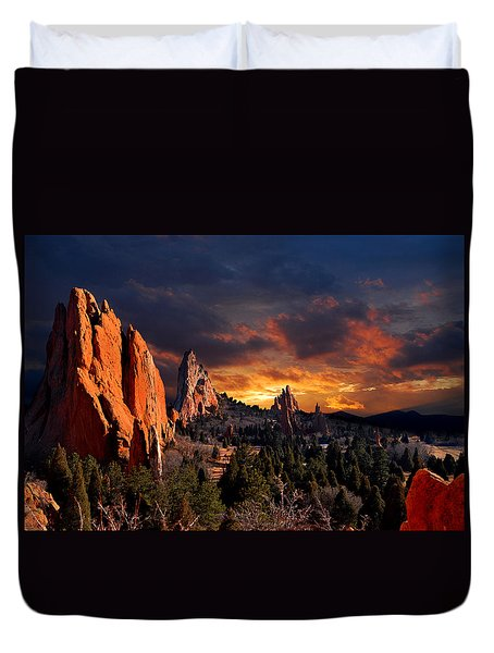 Evening Light At The Garden Duvet Cover by John Hoffman