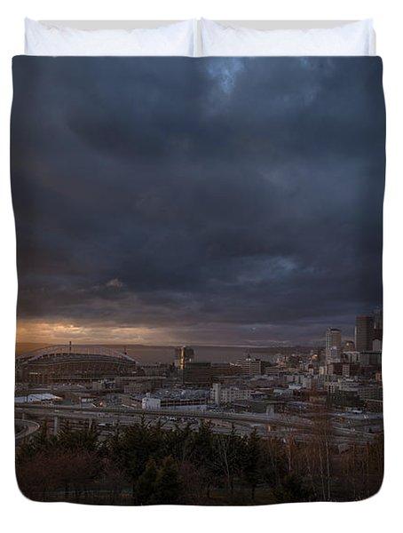Evening Sunlit Seattle Skyline Duvet Cover by Mike Reid