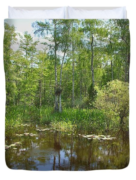 Everglades Lake Duvet Cover by Rudy Umans