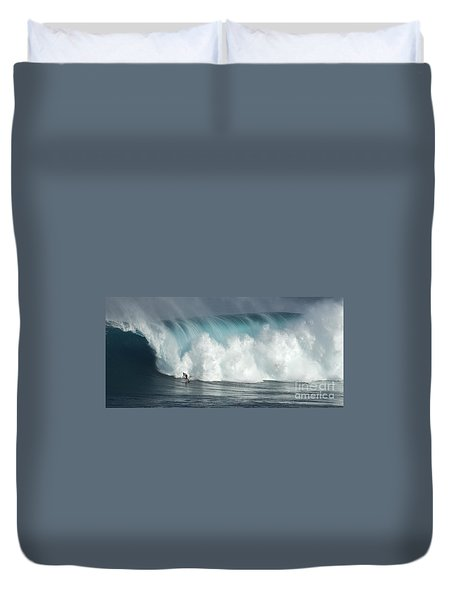 Extreme Ways Of Living Duvet Cover by Bob Christopher