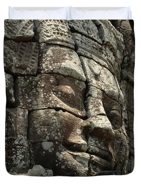 Face At Banyon Ankor Wat Cambodia Duvet Cover by Bob Christopher