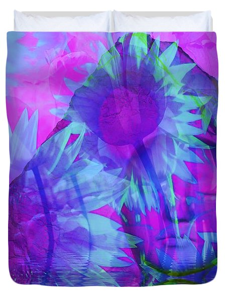 Face In The Rock Dreams Of Sunflowers Duvet Cover