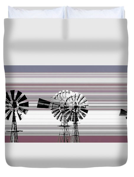 Duvet Cover featuring the photograph Face To The Wind by Holly Kempe