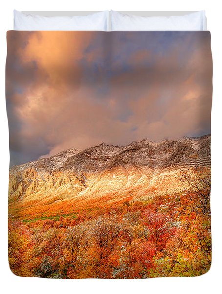 Fall On Display Duvet Cover