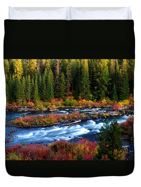 Duvet Cover featuring the photograph Fall On The Deschutes River by Kevin Desrosiers
