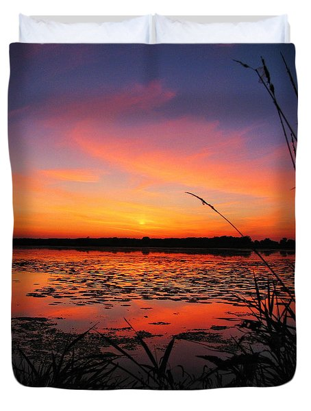 Fall Sunset In The Mead Wildlife Area Duvet Cover