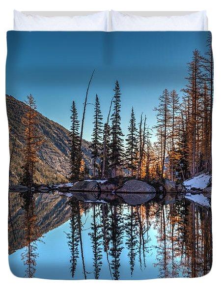 Falls Last Colors Duvet Cover by Mike Reid