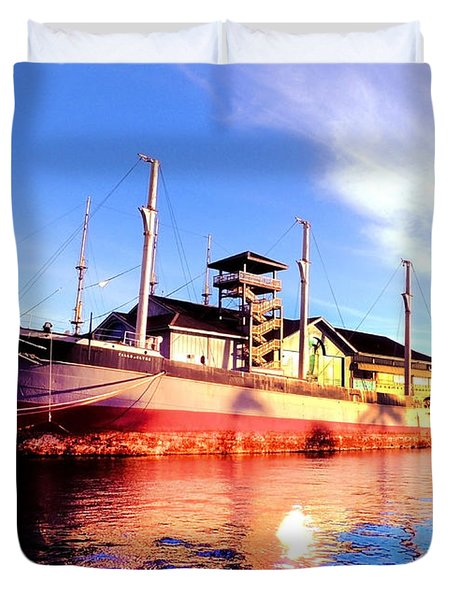 Falls Of Clyde Duvet Cover