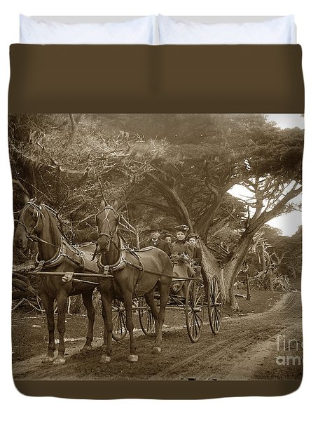 Family Out Carriage Ride On The 17 Mile Drive In Pebble Beach Circa 1895 Duvet Cover