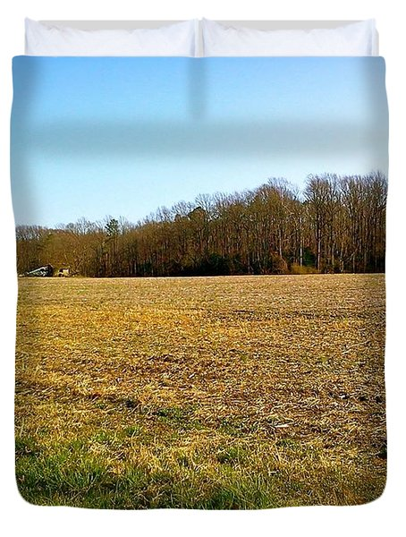 Farm Field With Old Barn Duvet Cover