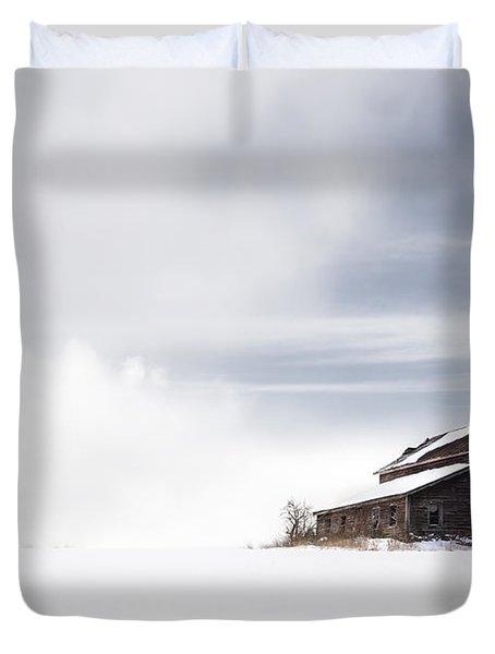 Farmhouse - A Snowy Winter Landscape Duvet Cover by Gary Heller