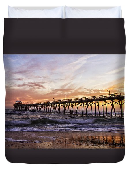 Duvet Cover featuring the photograph Febuary Sunset On Atlantic Beach by Bob Decker