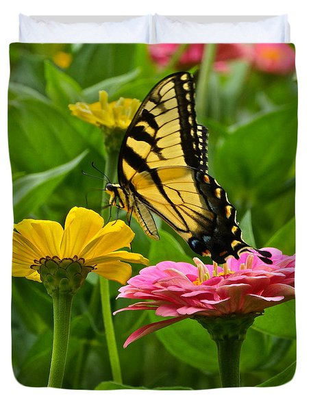 Female Tiger Swallowtail Butterfly With Pink And Yellow Zinnias Duvet Cover