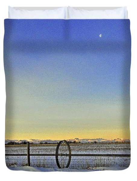 Fence And Moon Duvet Cover