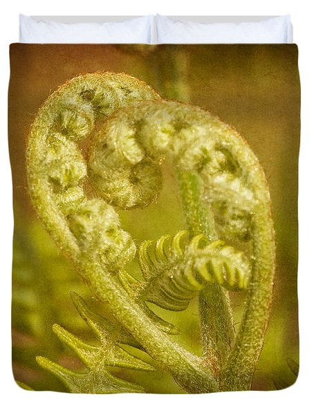 Duvet Cover featuring the photograph Fern Heart by Peggy Collins