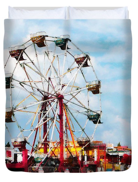 Ferris Wheel Against Blue Sky Duvet Cover by Susan Savad