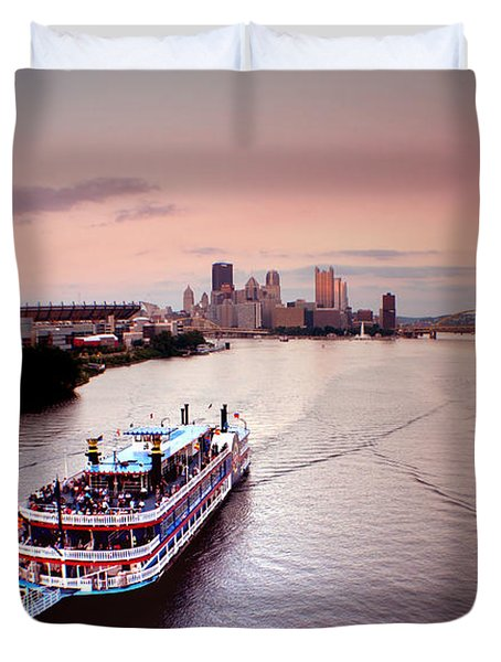 Ferry Boat At The Point In Pittsburgh Pa Duvet Cover