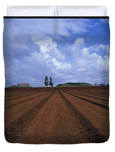 Fields Of Hod Hasharon Duvet Cover by Dubi Roman