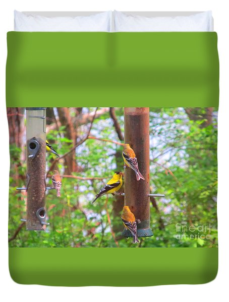 Duvet Cover featuring the photograph Finches Enjoying Their Snack by Tina M Wenger