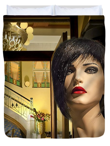 Fiona Arrives In Prague Duvet Cover