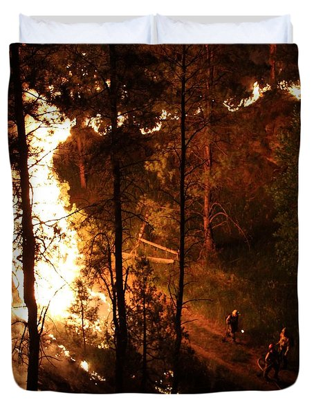 Duvet Cover featuring the photograph Firefighters Burn Out On The White Draw Fire by Bill Gabbert