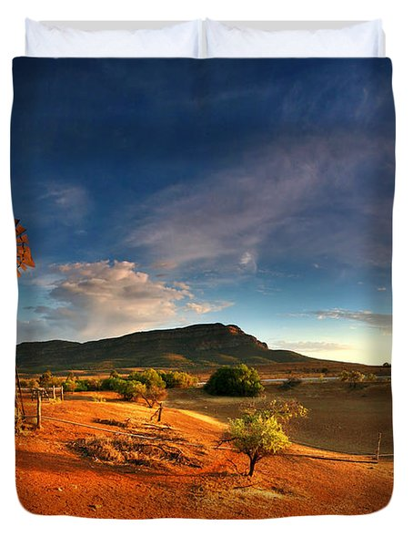First Light On Wilpena Pound Duvet Cover