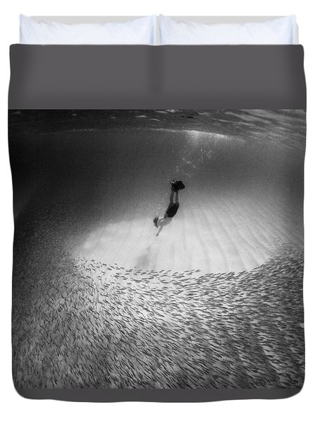 Fish Dive Duvet Cover by Sean Davey