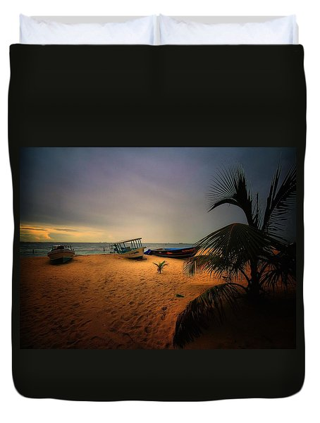 Fish Or Cut Bait Duvet Cover by Robert McCubbin
