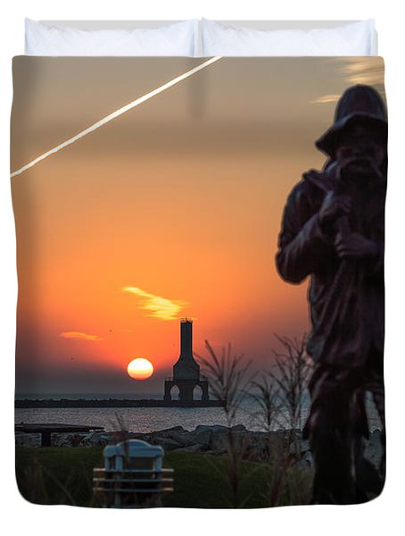 Fisherman Sunrise Duvet Cover
