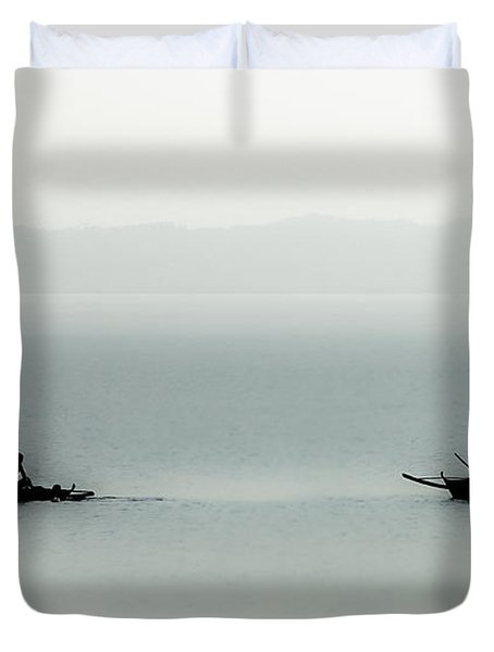 Fishing On The Philippine Sea   Duvet Cover