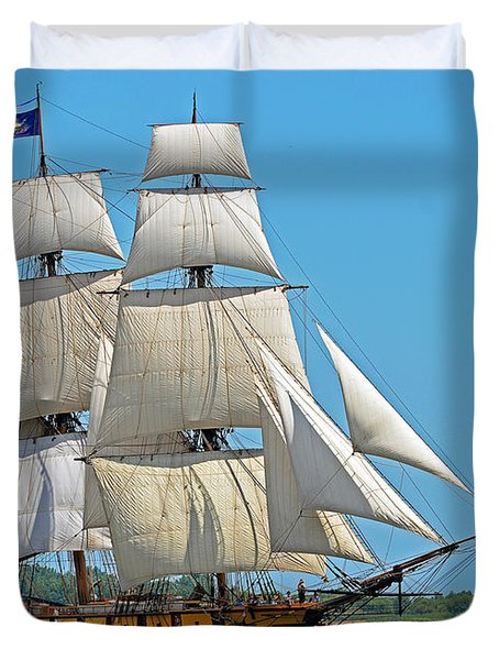 Flagship Niagara Duvet Cover by Rodney Campbell