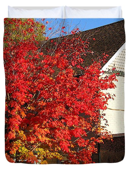 Duvet Cover featuring the photograph Flaming Fall Colours On Farm House by Nina Silver