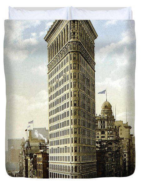 Flat Iron Building New York 1903 Duvet Cover by Unknown