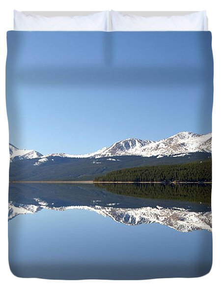 Flat Water Duvet Cover by Jeremy Rhoades