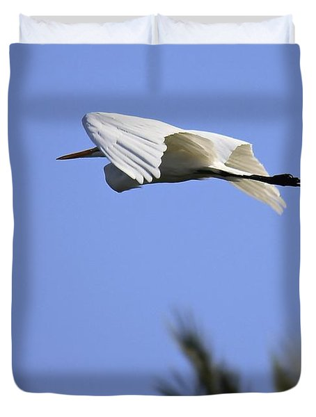 Duvet Cover featuring the photograph Flight Of The Egret by Penny Meyers