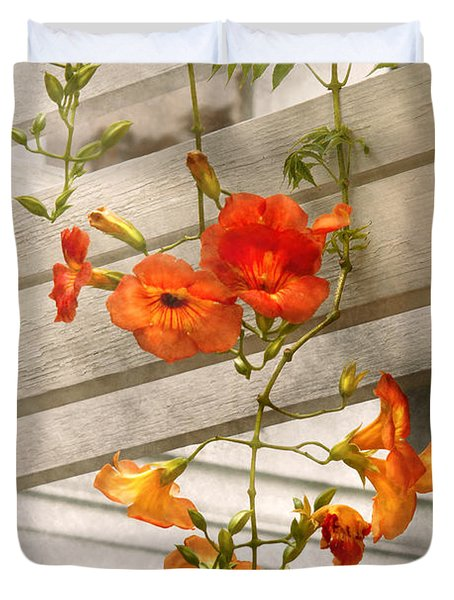 Flower - Trumpet Melodies Duvet Cover by Mike Savad
