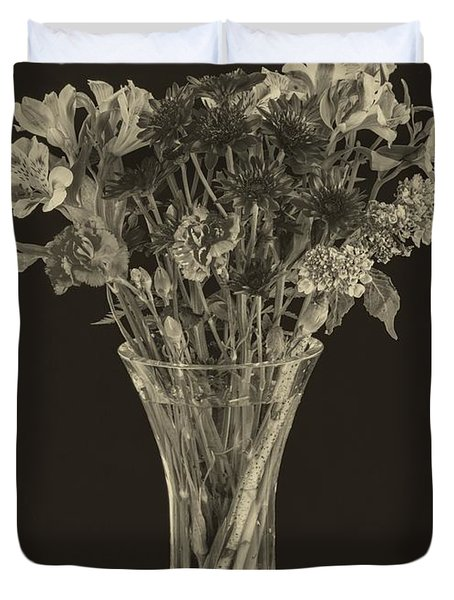 Flowers 1860s Duvet Cover by Edward Fielding