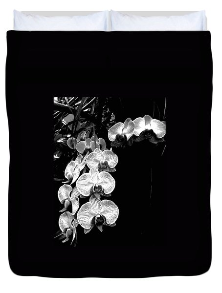 Flowers In Black And White Duvet Cover