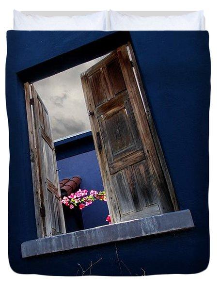 Flowers In The Presidio Duvet Cover
