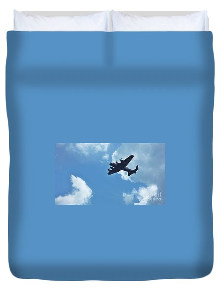 Duvet Cover featuring the photograph Flying High by John Williams