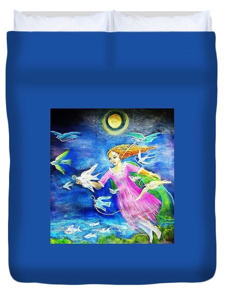 Flying South  Duvet Cover by Trudi Doyle