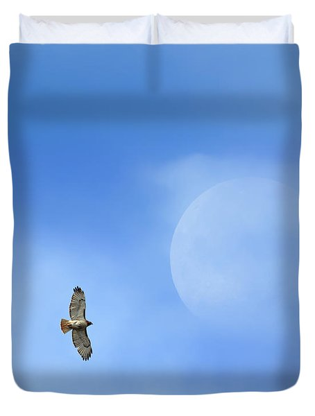 Flying To The Moon Duvet Cover by Bill Wakeley