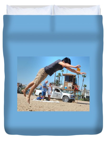 Flying Tourist Duvet Cover