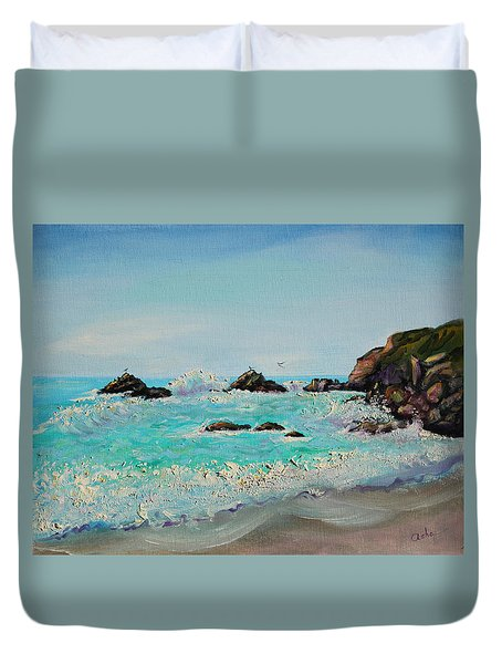 Foamy Ocean Waves And Sandy Shore Duvet Cover