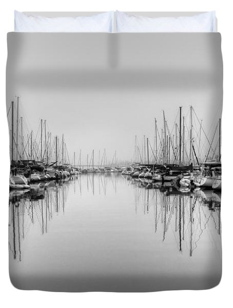 Duvet Cover featuring the photograph Foggy Autumn Morning - Black And White by Heidi Smith
