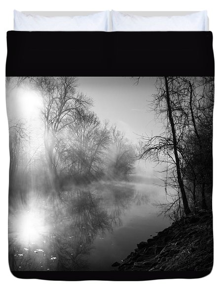 Foggy Misty Morning Sunrise On James River Duvet Cover