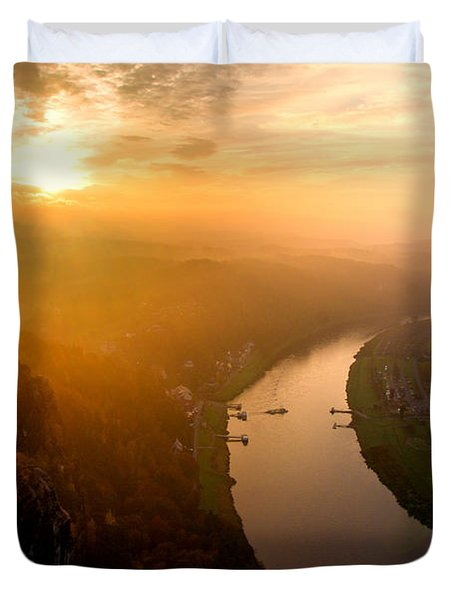 Foggy Sunrise At The Elbe Duvet Cover