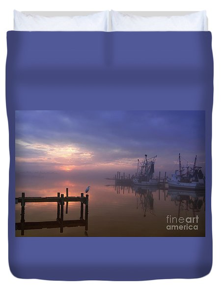 Foggy Sunset Over Swansboro Duvet Cover