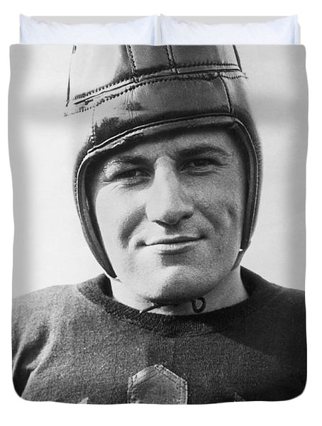 Football Player Portrait Duvet Cover by Underwood Archives