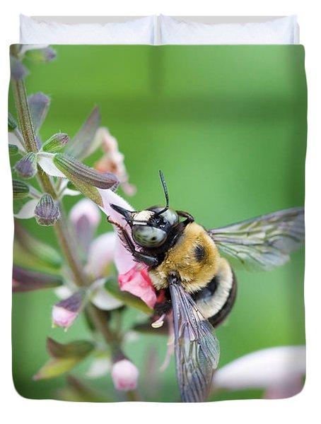 Foraging For Nectar Duvet Cover